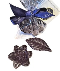 Dark-delicious-flower-chocolates