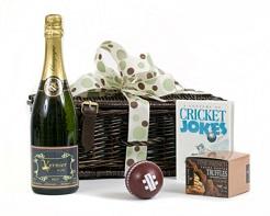 Champagne-cricket-lovers-hamper