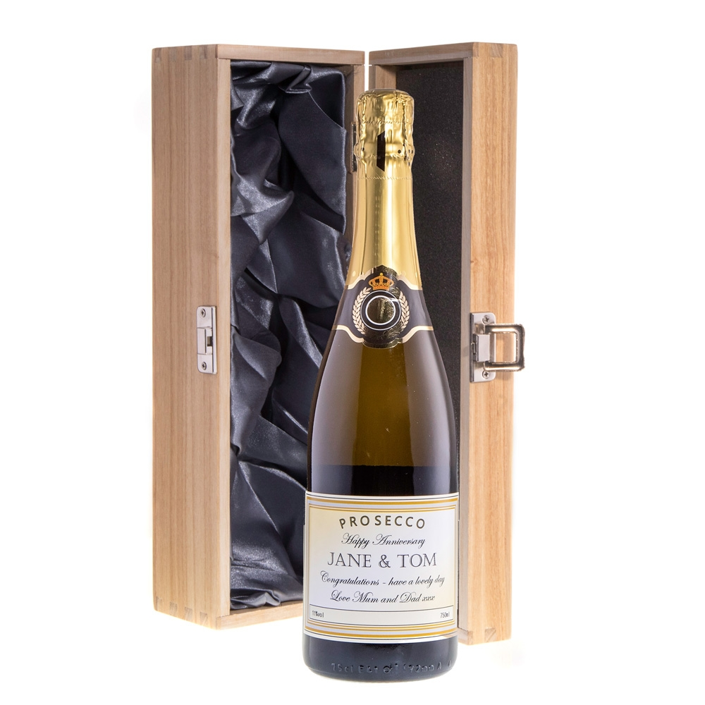 "Personalised Prosecco In ""Oxford"" Presentation Box"