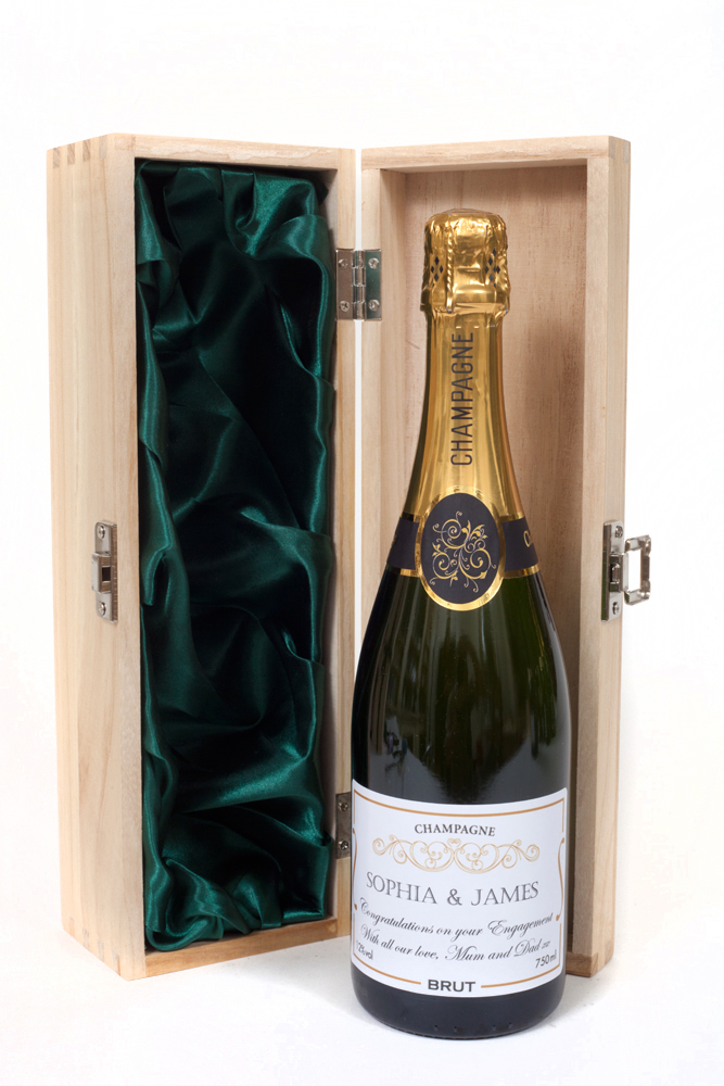 """The """"Oxford"""" - Personalised Champagne In Wooden Presentation Box..."""