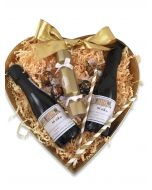 Miniature-personalised-Prosecco-and-chocolate-gift-set-heart-hamper
