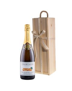 Corporate-branded-champagne-in-wooden-presentation-box