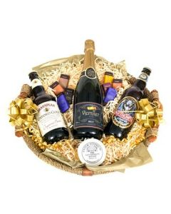murray-beer-and-personalised-champagne-hamper-basket