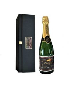personalised-champagne-with-pearl-gems-in-black-gift-box