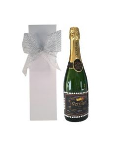 personalised-champagne-with-pearl-gems-in-white-gift-box