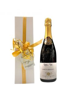 Personalised-prosecco-in-white-box