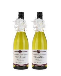 duo-of-personalised-white-wine-christmas