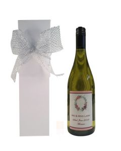 personalised-white-wine-in-presentation-box