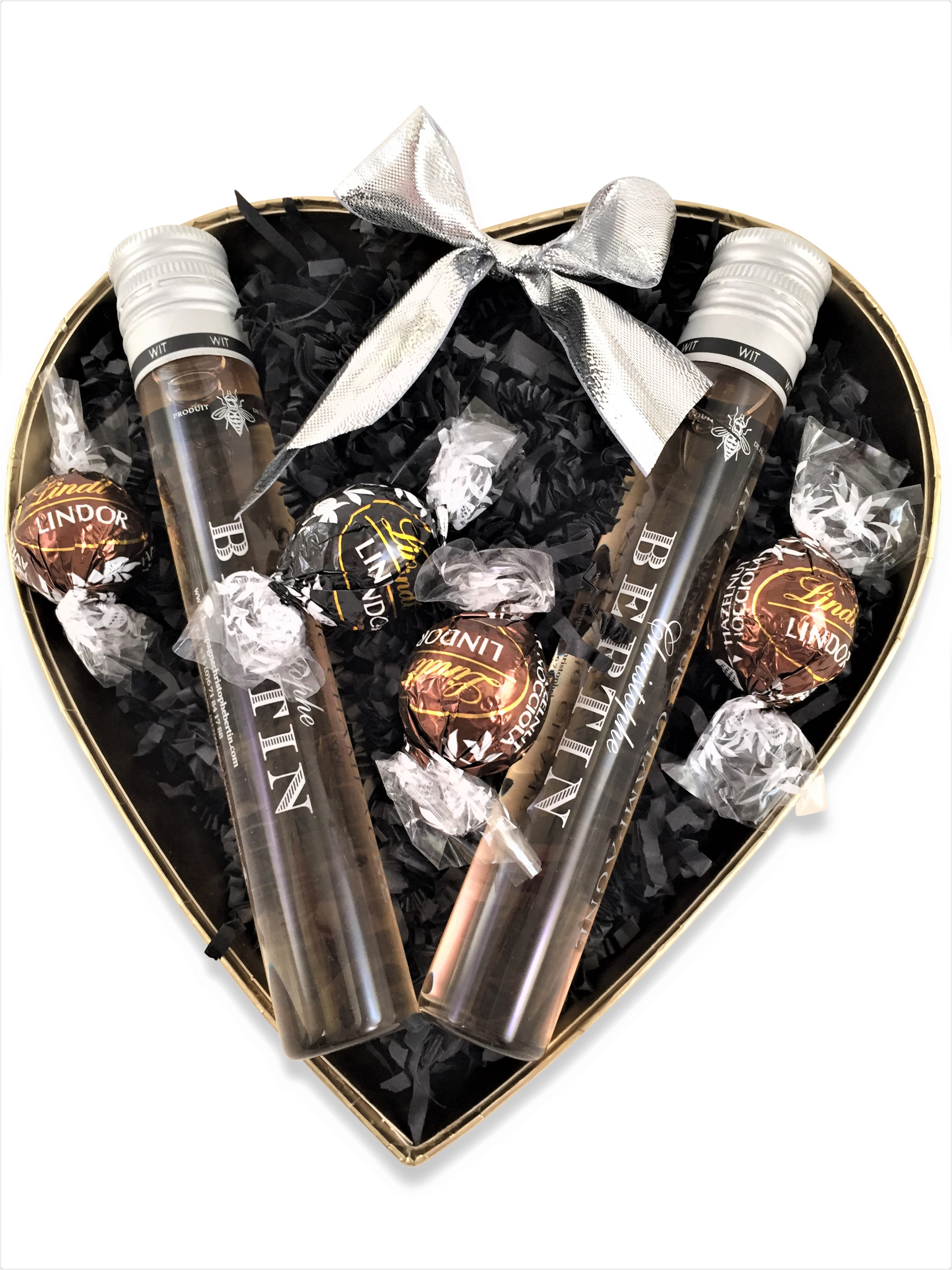 Duo Of Ratafia Champagne - Exclusive Heart Gift