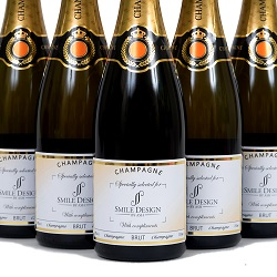 branded-champagne-for-events-and-celebrations