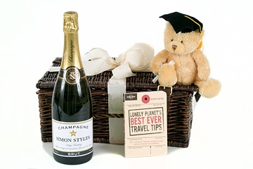 personalised graduation champagne hamper