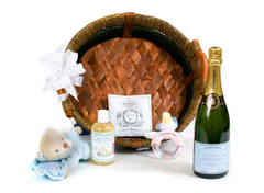 personalised-champagne-new-baby-boy-hamper