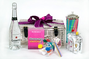 sparkling-vodka-cocktail-hamper-for-her
