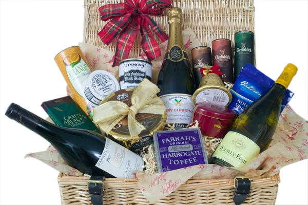 branded-corporate-champagne-hamper