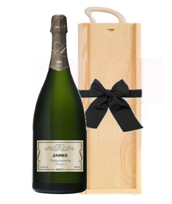 personalised-champagne-magum-in-wooden-box