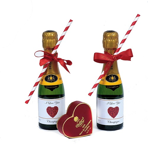 personalised-miniature-chapagne-heart-bottles