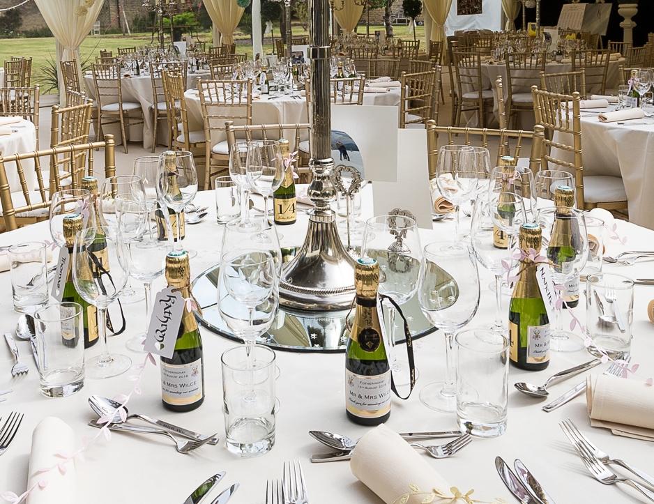 mini personalised prosecco wedding favours