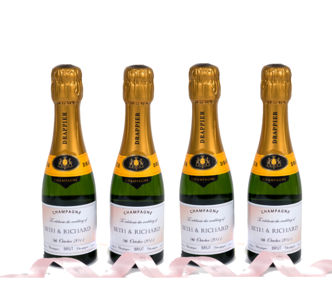 personalised-mini-bottles-champagne-wedding