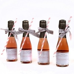 personalised-Miniature-Rosé-Champagne-for-Weddings