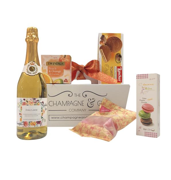 Wine-hamper-personalised-gift