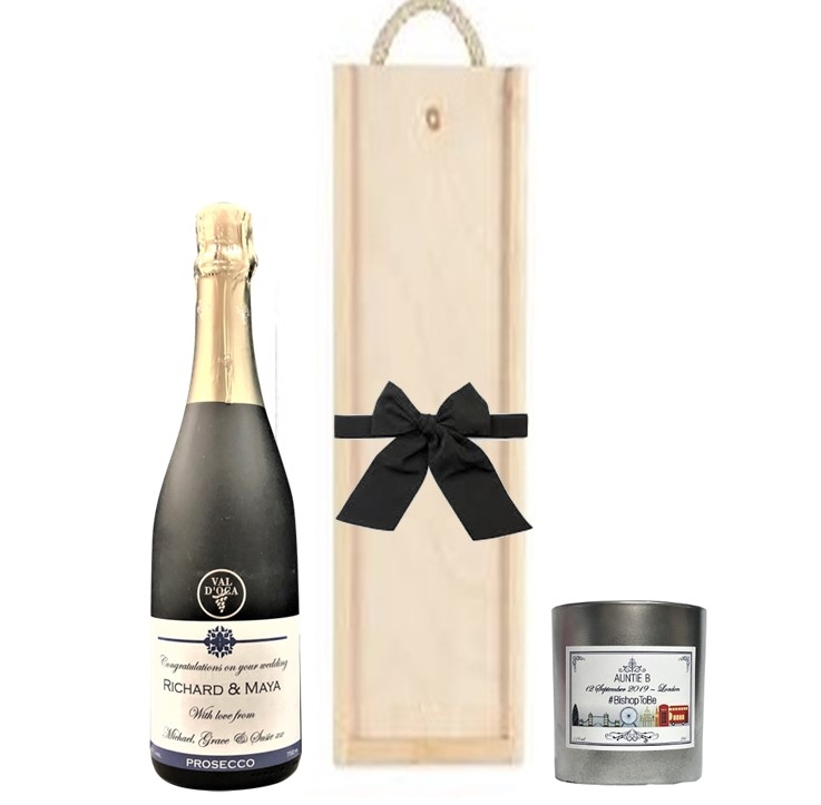personalized-champagne-and-candle-gift-set
