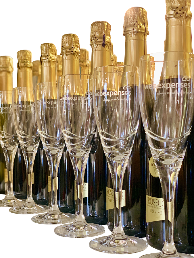 Branded-champagne-flutes-with-company-logo