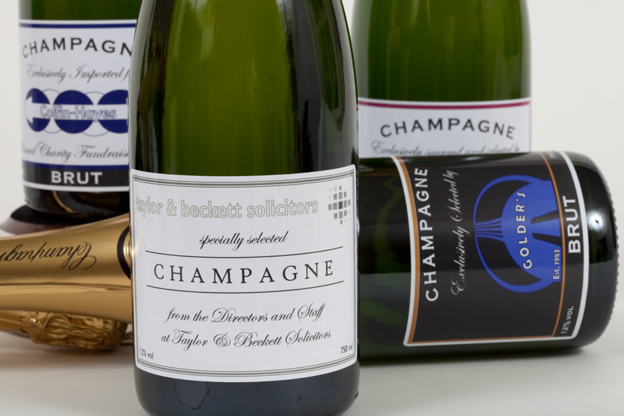 We specialise in creating corporate Champagne gifts