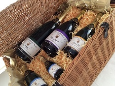 Personalised-champagne-in-wicker-basket