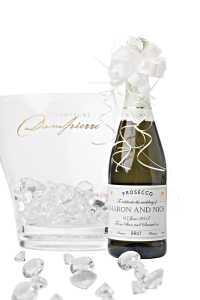 personalised-prosecco-with-handtied-bow