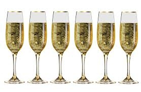 6-wedding-champagne-flutes